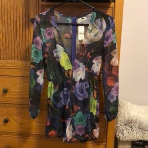 LF floral romper, size 6, brand new!